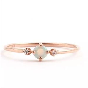 Jewelry - ✨Dainty gold opal ring 💍